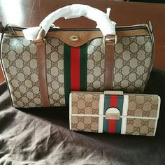 Authentic Vintage Classic Gucci Boston In MINT CONDITION, with no flaws! No stains, flaking, rips, tears or holes. Exterior is beautiful with no markings. No cracks, chips, etc...Corners are beautiful. This listing is for Boston Bag ONLY  12.5 x 7.5 x 5 (3cm short of a speedy 35 in length)  Matches great with large Gucci wallet listed. Gucci Bags Satchels