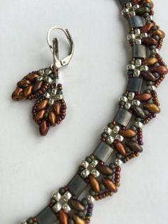 Simply Gorgeous. Miyuki Tila Bead #beadlove #beading #cbloggers #beadinginspo #jewelryinspo