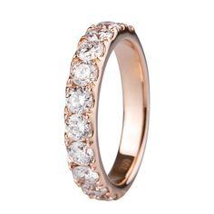 Sortija en oro rosado de 18 kilates con diamantes incoloros.   18K Rose gold ring with white diamonds.