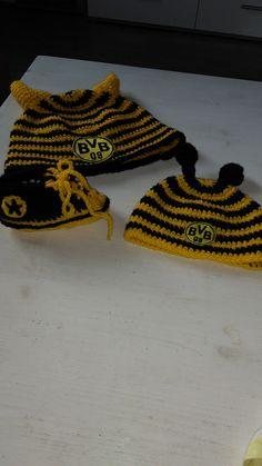 BVB Mütze für Kind und Mann. Für den Kleinsten passende Schuhe
