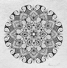 Drawn on Das Watercolour paper. Mandala Art Lesson, Mandala Artwork, Mandala Drawing, Doodle Patterns, Zentangle Patterns, Zentangles, Mandala Pattern, Mandala Design, Mini Drawings