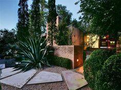 big red sun design / tarrytown residence, austin