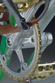 Campagnolo - Super Record crank and oro chain