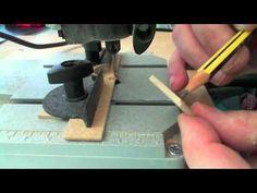 http://www.MiniaturasArtesanas.com Primer tutorial sobre el uso del soporte universal para minitaladros tipo dremel, en esta serie de tutoriales verás como s...
