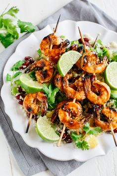 This Caribbean Jerk Shrimp with Cauliflower Rice is super flavorful, deliciously filling and perfect for weekly meal prep! This Caribbean Jerk Shrimp with Cauliflower Rice is super flavorful, deliciously filling and perfect for weekly meal prep! Fish Recipes, Seafood Recipes, Dinner Recipes, Cooking Recipes, Lunch Recipes, Healthy Meal Prep, Healthy Eating, Healthy Recipes, Gourmet