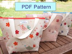 Name: 'Sewing : Insulated Tote-Style Lunch Bag Pattern Diy Bags Patterns, Sewing Patterns, Sewing Hacks, Sewing Projects, Sewing Ideas, Insulated Lunch Tote, Diy Sac, Quilted Gifts, Diy Couture