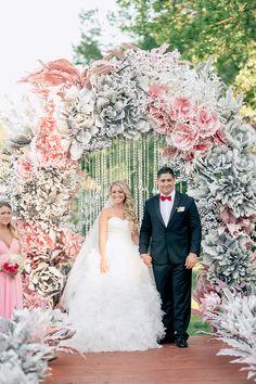wedding ceremony - photo by Konstantin Semenikhin http://ruffledblog.com/magical-russian-wedding-with-eye-catching-displays