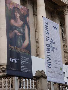 Waiting to go in to the Pre-Raphaelite exhibition. Museum Art Gallery, Tate Gallery, Pre Raphaelite Brotherhood, Tate Britain, British Isles, Beautiful Islands, Northern Ireland, Homeland, Exhibitions