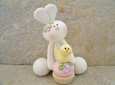 Bunny and Easter Cupcake - Figurine
