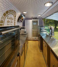 MMVV PÃO DE FORMA Food Trucks, Bar, Kitchen, Home Decor, Sandwich Loaf, Baking Center, Homemade Home Decor, Cooking, Kitchens