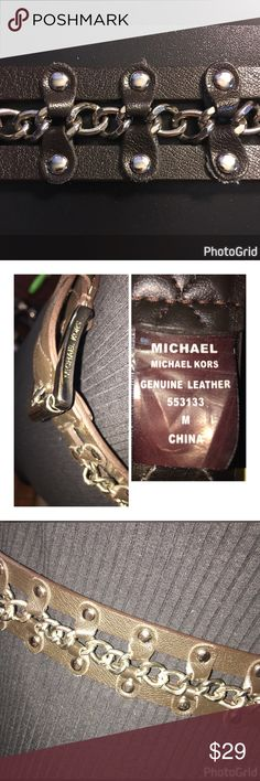 """NWOT MICHAEL KORS LEATHER CHAIN BELT SIZE MEDIUM THIS UNIQUE GENUINE LEATHER CHAIN LINK BLACK BELT IS MADE BY MICHAEL KORS AND IS A SIZE MEDIUM!   GREAT WITH A PAIR OF JEANS OR A DRESS, TUNIC!!  MEASUREMENTS WIDTH-1 1/2"""" LENGTH-41""""  TO LAST HOLE-38"""" Michael Kors Accessories Belts"""
