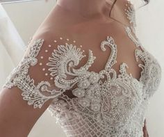 6 Beautiful Wedding Dress Trends in 2020 Stunning Wedding Dresses, Dream Wedding Dresses, Elegant Wedding, Bridal Dresses, Beautiful Dresses, Wedding Gowns, Bridal Lace, Bridal Style, Robes D'occasion