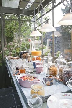 #PARTY FOOD PRESENTATION  What a great way to serve Breakfast/Brunch to a crowd (or not), family...