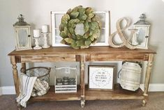 We want our home feel inviting but the entryway area is often overlooked or neglected. The entryway is the first part if the house that greets family and guests. This is the perfect place to make a statement about your home style. We have gathered DIY farmhouse style entryway projects and hope that these inspiration pieces will help you create a welcoming space.