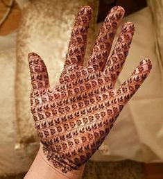 50 Most beautiful Engagement Mehndi Design (Engagement Henna Design) that you can apply on your Beautiful Hands and Body in daily life. Henna Designs Arm, Indian Henna Designs, Mehndi Designs 2018, Modern Mehndi Designs, Mehndi Design Pictures, Mehndi Designs For Fingers, Beautiful Henna Designs, Mehndi Images, Bridal Mehndi Designs