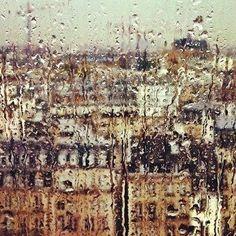 Paris sous la pluie Rain in Paris