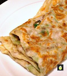 How to make Gozleme Turkish bread,Turkish pancake - Great filling suggestions… Turkish Recipes, Indian Food Recipes, Ethnic Recipes, Albanian Recipes, Iftar, Gozleme Recipe, Spicy Recipes, Cooking Recipes, Pancake Recipes