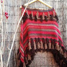 : Poncho Tribal dois retângulos costurados até a gola                                                                                                                                                      Mais