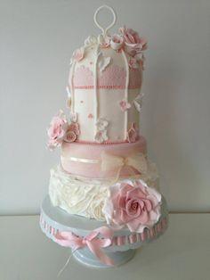 Romantic Rose Birdcage Wedding Cake