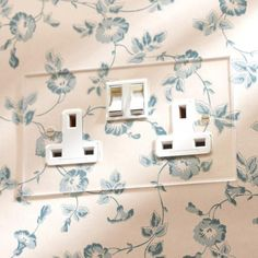 Forbes & Lomax, Invisible Socket & Accessory Range The Forbes & Lomax, Invisible Socket & Accessory Range is inspired by the 1930s glass switches but with all the advantages of modern technology, the Invisible Range® has become synonymous with Forbes & Lomax. The Forbes & Lomax, Invisible Socket & Accessory Range have