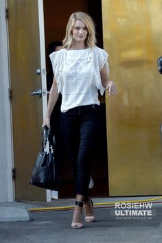 b0553c66413 Rosie Huntington-Whiteley furniture shopping on Melrose in Los Angeles