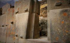 Incredible ancient engineering skills found at Ollantaytambo. Featured image credit