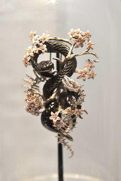 Jack du Rose..22.11.11.. Skeleton Flower, Bold Rings, High Jewelry, Jewellery, Animal Jewelry, Girls Best Friend, Tatting, Body Art, Clock