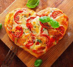 Пицца на сковороде за 10 минут Ингредиенты: