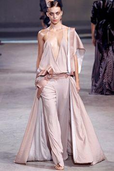 Haider Ackermann Spring 2011 Ready-to-Wear Fashion Show - Emily Senko (ELITE)