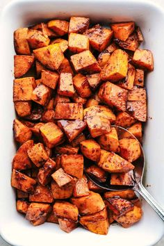 Roasted Honey Cinnamon Butter Sweet Potatoes get roasted with the incredible flavor of cinnamon honey butter to create the absolute perfect side dish! Can peel/cube potatoes night before and soak in water overnight. Bake 400 for minutes Cinnamon Honey Butter, Sweet Potato Cinnamon, Brown Sugar Sweet Potatoes, Oven Roasted Sweet Potatoes, Baked Sweet Potato Oven, Sweet Potato Side Dish, Roasted Butternut Squash, Best Nutrition Food, Vegan Recipes