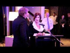 Michael Bolton tries Vegemite in Australia...his off the cuff performance is brilliant.