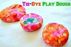 Tie-Dye Play Dough recipe and sensory play from @BlogMeMom
