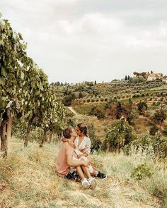 Thank you for always being the one sitting on the ground so I wouldn't have my butt dirty. For that, I love you Tuscany Vineyard, I Love You, My Love, Always Be, That Look, Couple Photos, Travel, Couple Shots, Te Amo