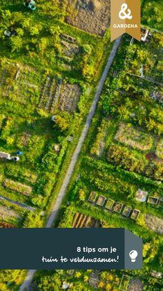 Duurzaamheid is hip en we proberen allemaal ons steentje bij te dragen aan een beter milieu.Wist je dat je ook je tuin kunt verduurzamen? Gardena geeft je 8 tips om dit voor elkaar te krijgen. | Sustainable gardening | #gardena #sustainablegardening #verduurzamen #tuin | Eigen Huis & Tuin City Photo, Om, Tips, Middle, Advice