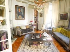 Excellent large two-bedroom Paris apartment in the 7th arr