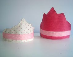 Fabric dress up crowns. If only I knew how to sew!