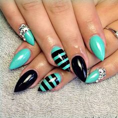 Black and blue short stiletto nails 💅⚫🔵 on We Heart It Fishnet Nails, Black Stiletto Nails, Blue Nails, Pointed Nails, Stylish Nails, Trendy Nails, Hot Nails, Hair And Nails, Pretty Nail Designs