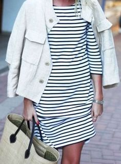 Minimal + Classic: stripe dress I love the shift dress style. Mode Chic, Mode Style, Looks Style, Style Me, How To Have Style, Into The Fire, Mode Inspiration, Get Dressed, Hugo Boss