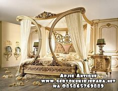 Luxurious Over The Top Canopy Bed Made In The Good Ole