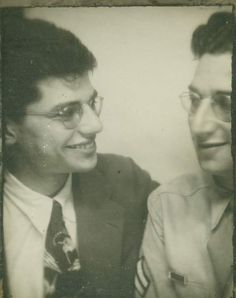 Allen Ginsberg, and brother Eugene Brooks (in uniform) Vintage Photo Booths, Vintage Photos, Allen Ginsberg, Beat Generation, Jack Kerouac, Beatnik, Training Center, Che Guevara, Retro Vintage