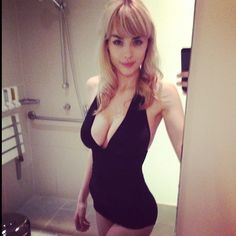 DANIELLE SHARP IS THRILLING - Thrill BlenderThrill Blender