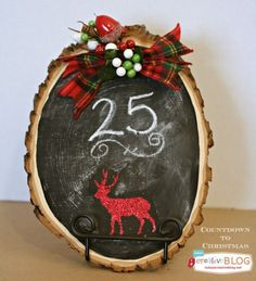 The whole family will have fun with this chalkboard Countdown to Christmas. Easy craft and fun to make! Christmas Countdown, Christmas 2014, Christmas Calendar, Merry Little Christmas, Rustic Christmas, Christmas Chalkboard, Woodland Christmas, Holiday Crafts, Christmas Projects