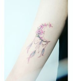 : Flower Dreamcatcher . . #Tattooistbanul #타투이스트바늘