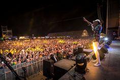 Cientos de jiennenses disfrutan del final del Weekend Beach Festival de Torre del Mar