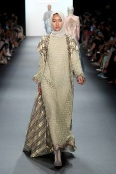 ec67e5ea9177f Anniesa Hasibuan - Runway - September 2016 - New York Fashion Week  The  Shows Abaya