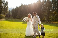 Emily and Austin's Wedding at the Woodlands by Merissa Lambert Photography. www.montanawoodlands.com