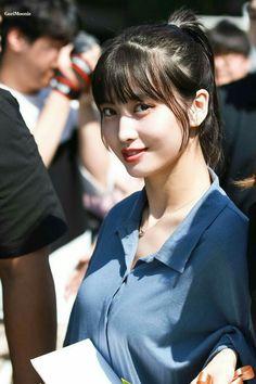 Decor - Just another WordPress site Nayeon, Kpop Girl Groups, Korean Girl Groups, Kpop Girls, K Pop, Twice Momo Wallpaper, Asian Woman, Asian Girl, Sana Momo