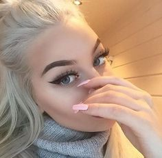 anastasia, beverly hills, blonde, blue eyes, brows, eyebrows, eyeliner, eyes, girl, girly, goals, green eyes, lashes, life, make up, makeup, pink, want, First Set on Favim.com, anastasia beverly hills, eyebrow goals
