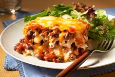 Chili and Cheese Lasagna.Here's everything you love in a beefy, cheesy make-ahead lasagna—and everything you love in a beefy, cheesy chili too! Kraft Recipes, Kraft Foods, Pasta Recipes, Dinner Recipes, Cooking Recipes, What's Cooking, Lasagna Recipes, Cheese Recipes, Casserole Recipes