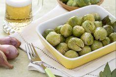 I cavoletti di Bruxelles brasati alla birra sono un contorno gustoso e saporito, facile e veloce da preparare.